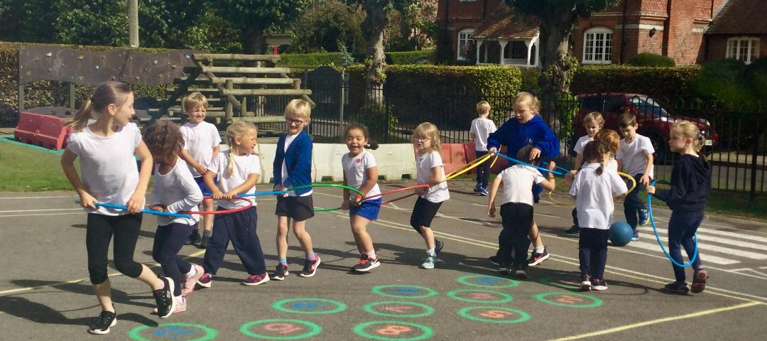 Hula-Hoops-Children