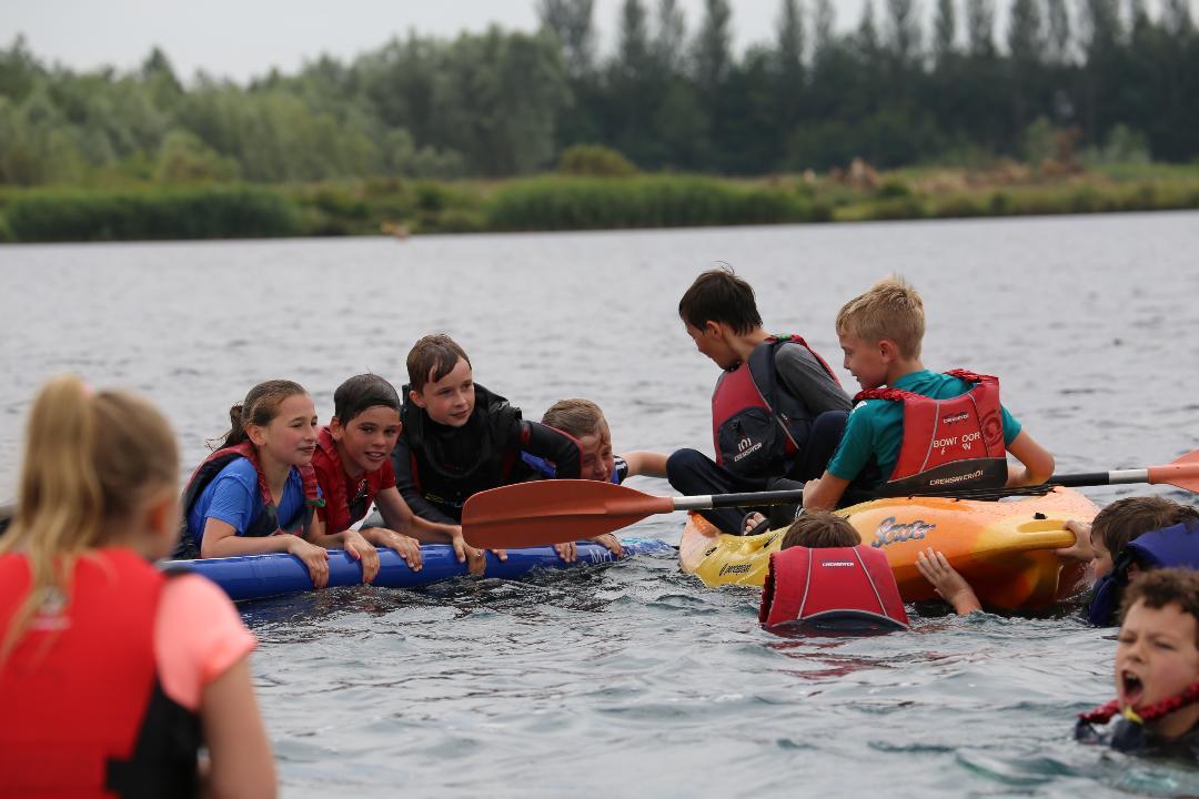 1_Paddle-Boarding-3