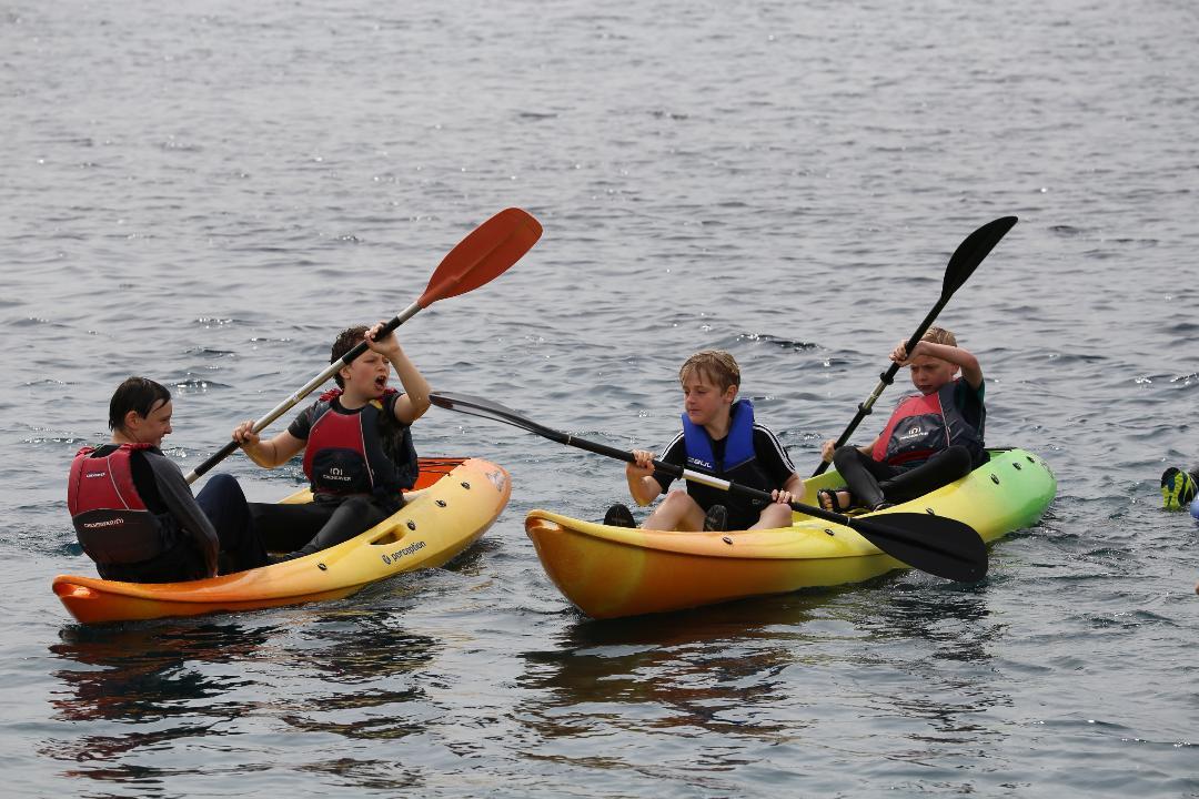 2_Canoeing